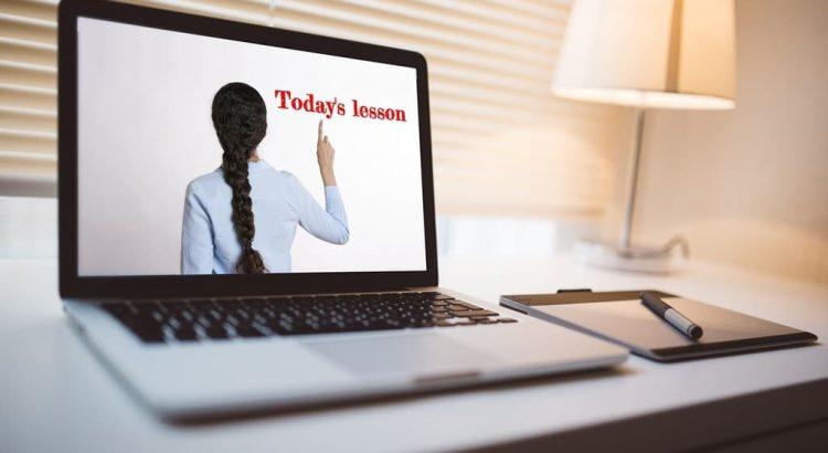 Αγγλικά για Ενήλικες: 7 Tips για τα online μαθήματα αγγλικών